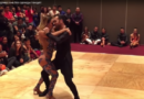 Видео-огонь! Невероятное зрелище! Глаз не оторвать. Пара танцует кизомбу.